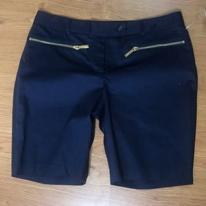 Micheal Kors shorts Size 6 Navy Blue Bermuda